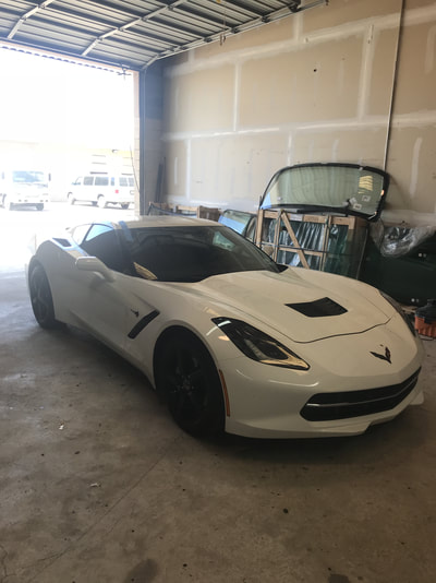 Specialty Glass Services White Car in Houston, TX